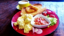 Dobbinsons' All Day Breakfast - this is not even all of the humongous meal!