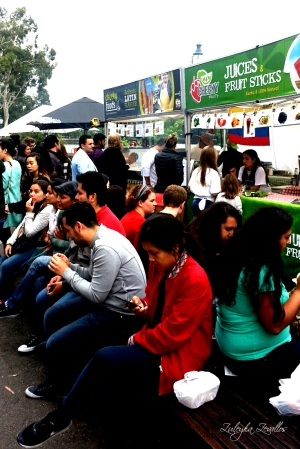 Latin American Summer Festival women sitting 2015