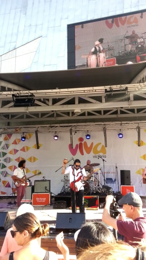 latin-band-at-viva-victoria