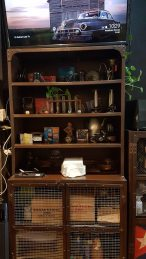 Gotham Cafe - Cabinet