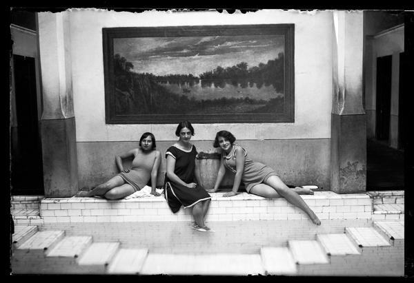Mestiza women wearing modern bathers from the 1920s